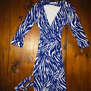 Diane von Furstenberg Julian two wrap dress sz 2